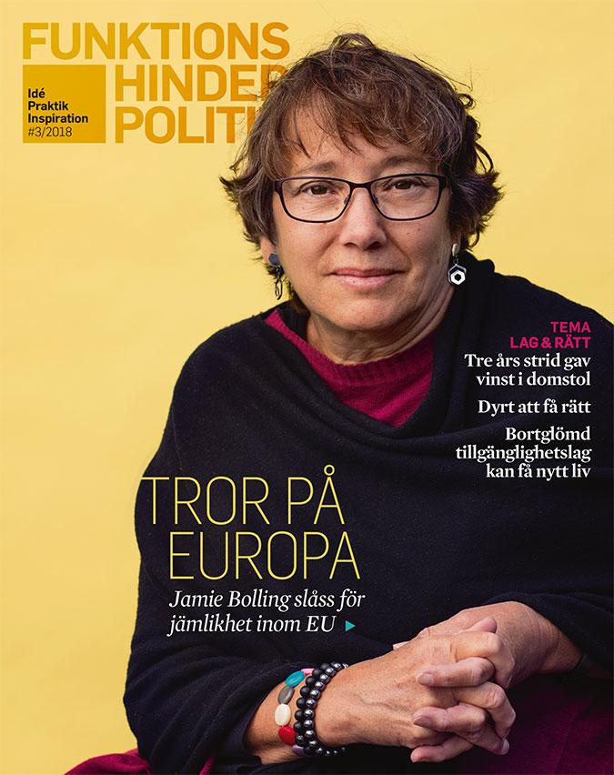 tidningsomslag med foto på en kvinna i halvfigur mot en gul bakgrund.